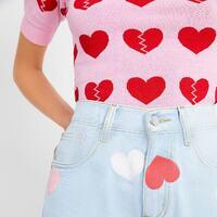 Cómo va ese domingo, corazones? 💜🤍❤️🧡💛💚💙  #ropadivertida #klingensalamanca #salamanca #pequeñocomercio #enviogratis #nuevatemporada