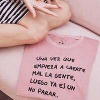 ☝️✌️🖕😂   #unavezque #camisetasconmensaje #gente #decomprasporsalamanca #srtanaif #viernes
