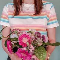 Última Camisets arcoíris. Para ti si tienes una s (36) 🌈 #lastcall #buynoworcrylater  #arcoiris #camisetasdealgodónorgánico #comerciolocal #enviogratis